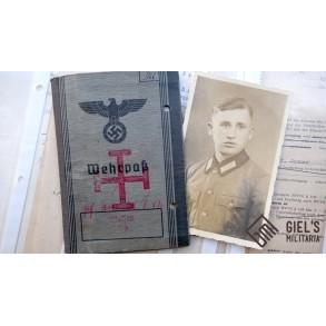 Wehrpass to O. Dilch, SS-Polizei-Divison, IAB silver, KIA Leningrad, Russia 1942