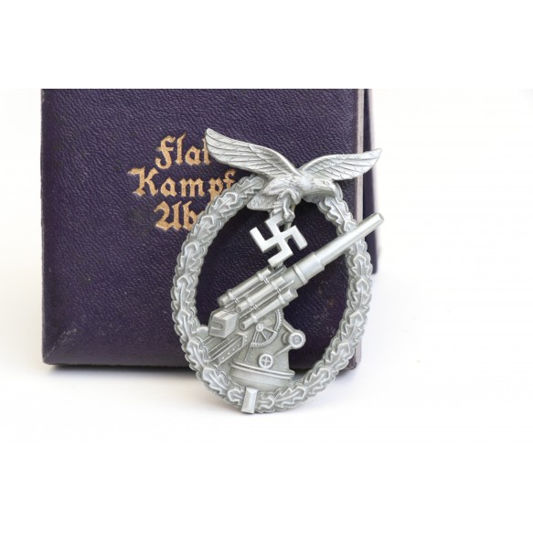 Luftwaffe flak badge by G. Brehmer + BOX, MINT