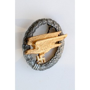 Luftwaffe paratrooper badge by Berg & Notle