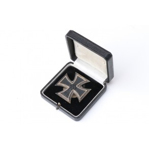 "Iron Cross 1st class by Schauerte & Höhfeld ""L/54"" + box"