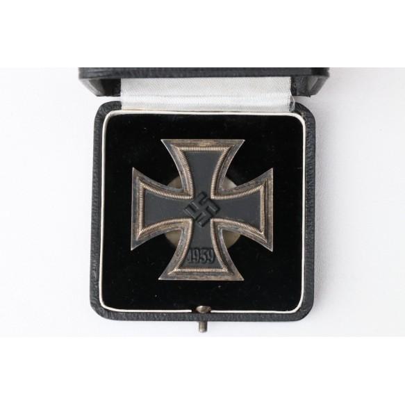 """Iron Cross 1st class by Schauerte & Höhfeld """"L/54"""" + box"""