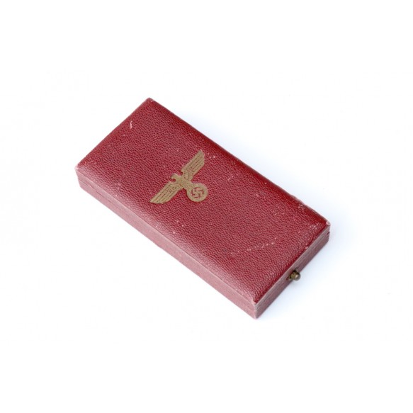 1st october annexation medal + box