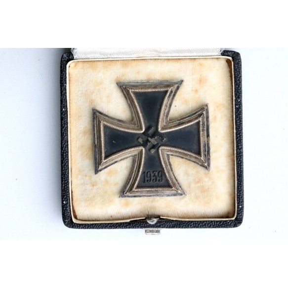 "Iron Cross 1st class by R. Souval ""L/58"" + case"