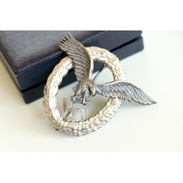 Luftwaffe pilot badge by F. Linden + case MINT