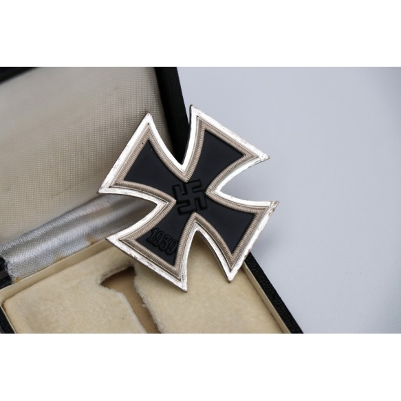 Iron cross 1st class by Steinhauer & Lück + BOX MINT