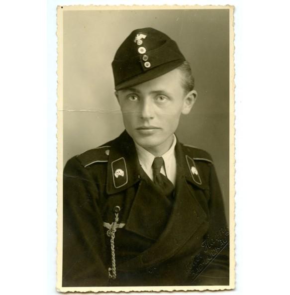 Portrait panzer crew member black wrapper M43 cap