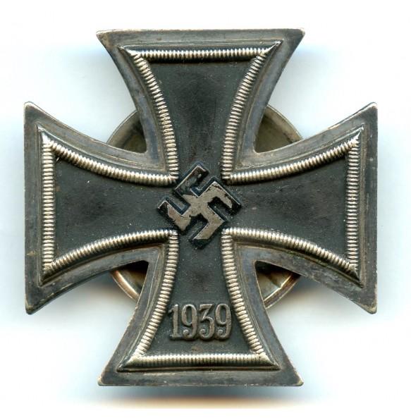 Iron cross 1st class by E.F. Wiedmann, screw back!