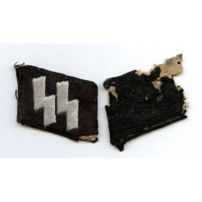 Matching pair of SS collar tabs