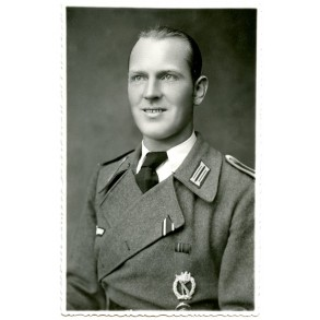 Portrait decorated Sturmgeschütz NCO 1943