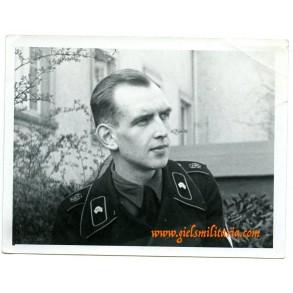 """Private photo GD Panzer """"Grossdeutschland"""" Kriegsberichter Pfeiffer posing"""