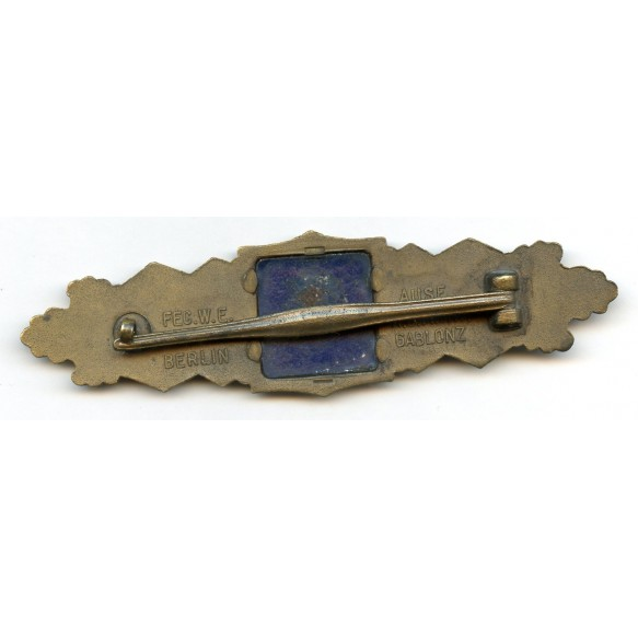"Close combat clasp in bronze by AGMuK ""blue backplate"""