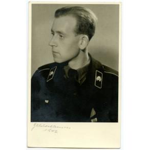 Portrait decorated panzer crew member 1942