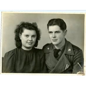 Large portrait photo Stürmgeschutz crew member and wife
