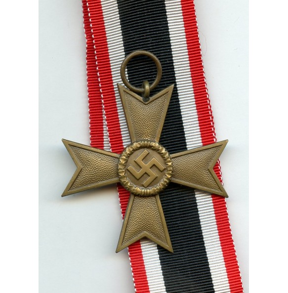 War Merit Cross 2nd class w/o swords by Deschler & Sohn