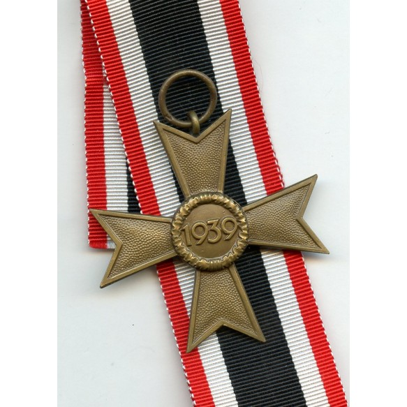 War Merit Cross 2nd class w/o swords by Deschler & Sohn