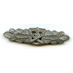 Close combat clasp in silver by R. Souval