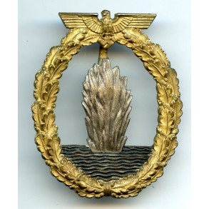 Kriegsmarine minesweeper badge by C.E. Juncker