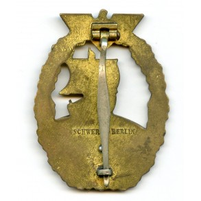 Kriegsmarine Auxiliary cruiser badge by Schwerin Berlin