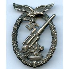 """Luftwaffe flak badge by C.E. Juncker """"J1"""""""