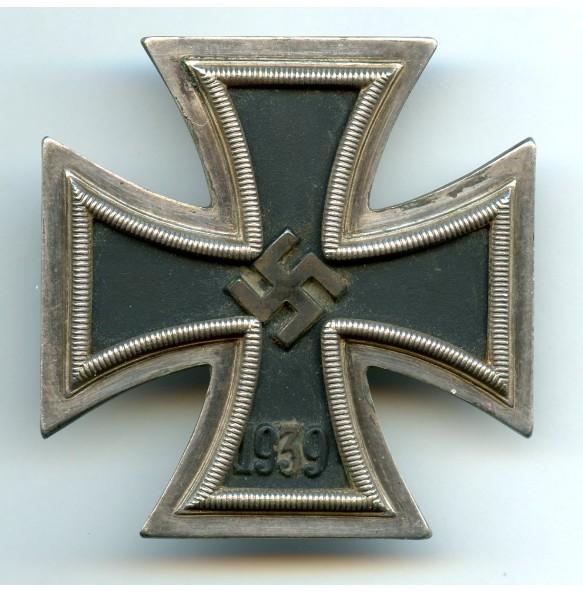 """Iron Cross 1st class by Arbeitsgemeinschaft der Hanauer Plakettenhersteller """"wideframe"""""""