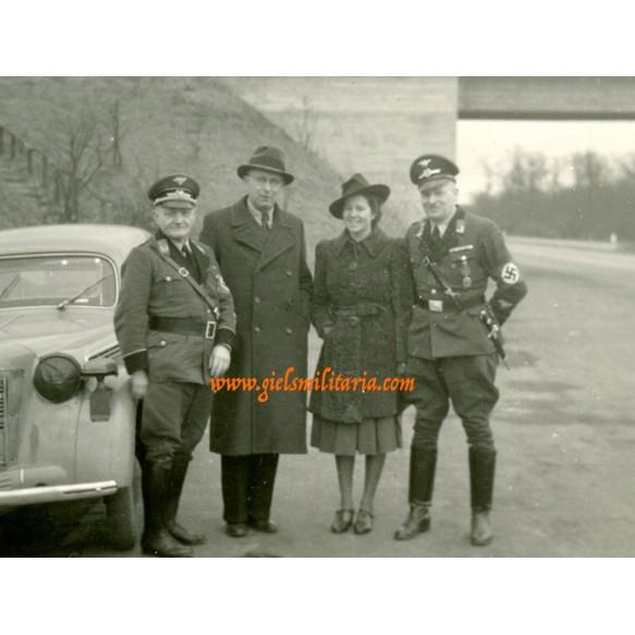 3 private snapshot Luftschutz leaders