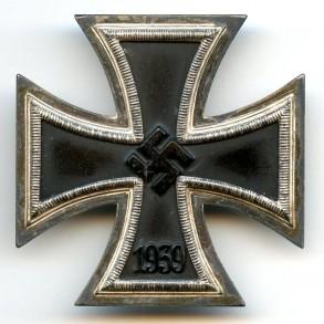 """Iron cross 1st class by Rudolf Wächtler & Lange, """"100"""""""