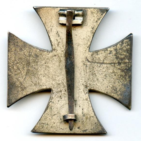 """Iron cross 1st class by Rudolf Wächtler & Lange, """"L/55"""""""
