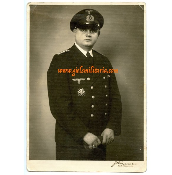 Portrait Kriegsmarine with Spanish cross in wear