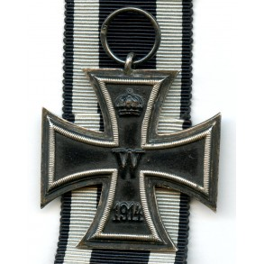 WW1 Iron cross 2nd class with maker mark