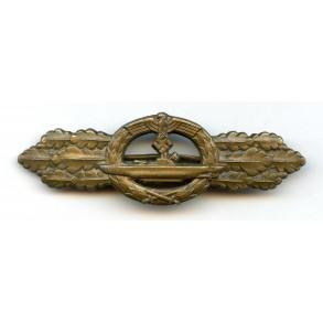 Kriegsmarine U-boat front clasp in bronze by Schwerin