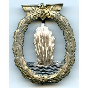 Kriegsmarine Minesweeper badge by Schwerin Berlin