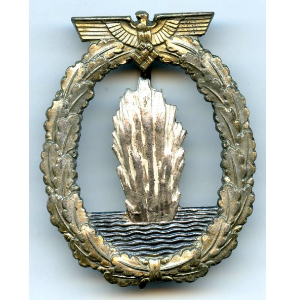 Kriegsmarine Minesweeper badge by Schwerin Berlin
