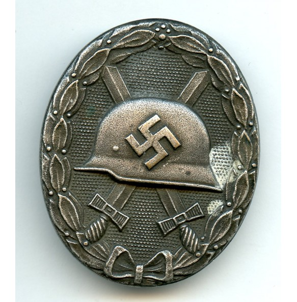 "Wound badge in silver ""Deschler design"""