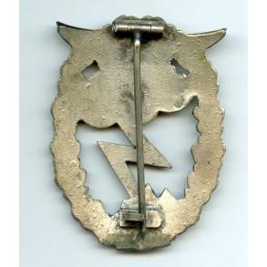 Luftwaffe ground assault badge by C.E. Juncker