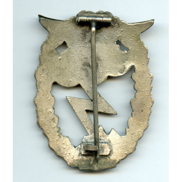 Luftwaffe ground assault badge by C.E. Juncker