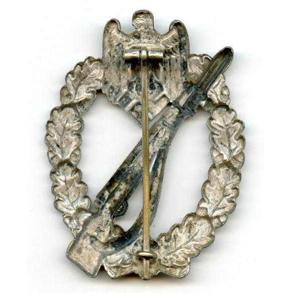 Infantry assault badge in silver by F.W. Assmann & Sohn, copper coated!