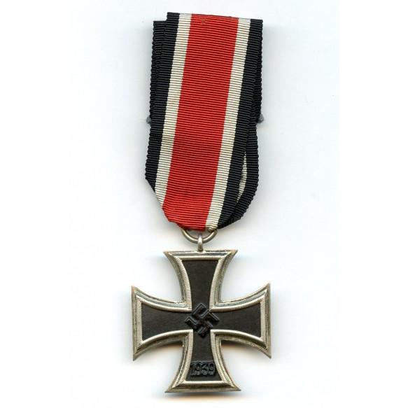 """Iron cross 2nd class by P. Meybauer, """"schinkelform"""""""