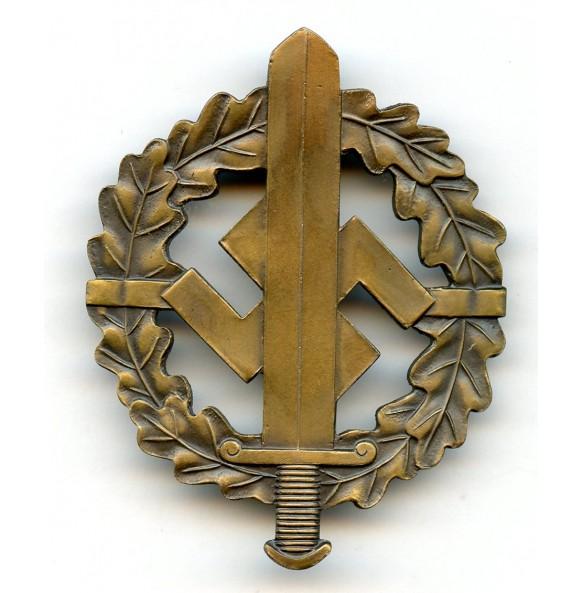SA sports badge in bronze by K. Hensler