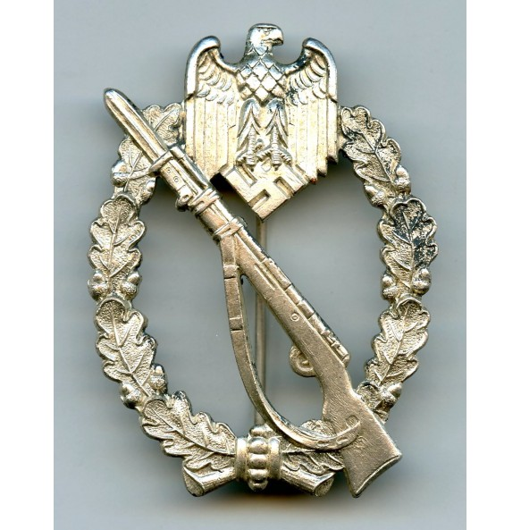 Infantry assault badge in silver by P. Meybauer
