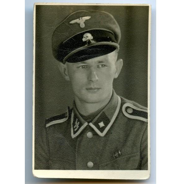 Portrait photo SS Scharführer with Czech annexation medal + Prague bar