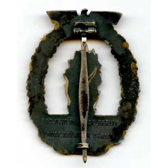 Kriegsmarine minesweeper badge by Schwerin