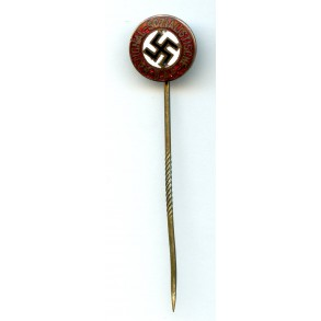 Early party pin stickpin
