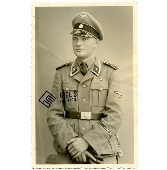 Portrait SS-Unterscharführer LSSAH with cufftitle