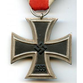 Iron cross 2nd class by O. Schickle, schinkelform, not magnetic!