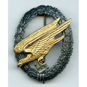 "Luftwaffe paratrooper badge by Berg & Nolte ""B&NL"""