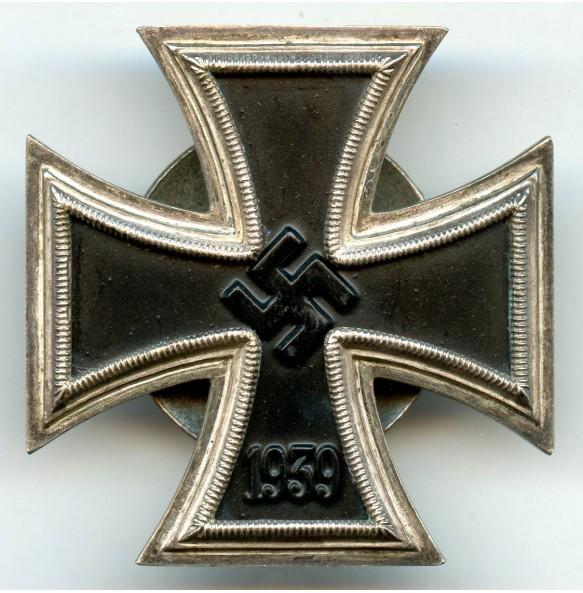 """Iron cross 1st class by F. Orth, screwback """"L/14"""""""