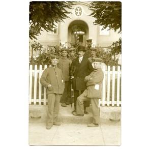 WW1 Freshly awarded EK2 at hospital