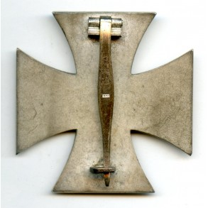 1939 Iron Cross 1st class by Friedrich Orth, non magentic