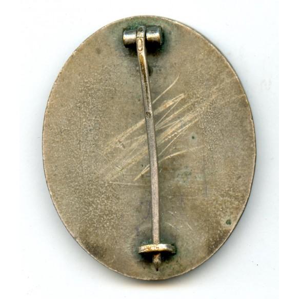 """Wound badge in silver by Steinhauer & Lück """"4"""""""
