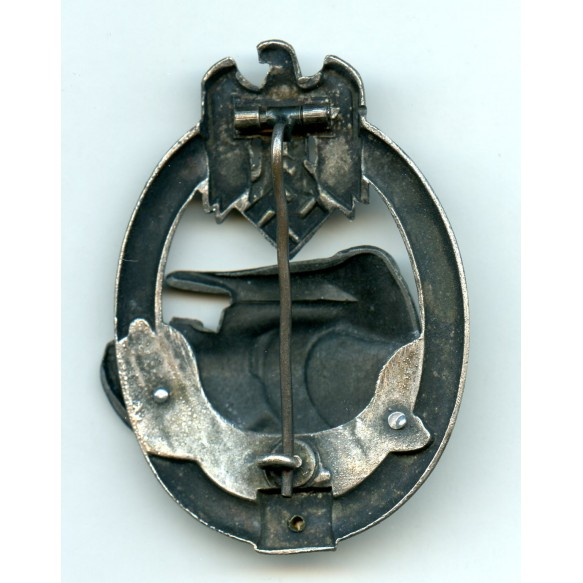 Panzer assault badge in silver 25 assaults by C.E. Juncker